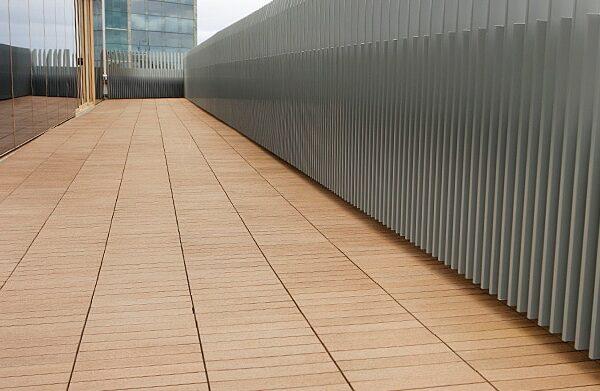 img-low-maintenance-alternative-to-timber-decking-01