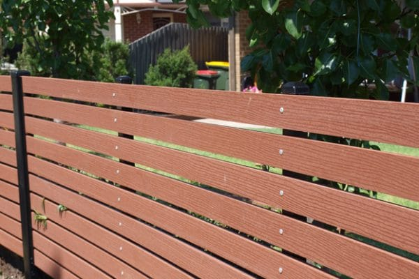 img-envy-neighbours-fence-01